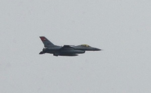 [Egyptian air force ‐ F16 fighter, archive picture from 2011. Credit: Sherif 9282 via Wikimedia Commons]